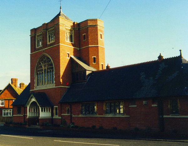Colour photo of the Congregational Church