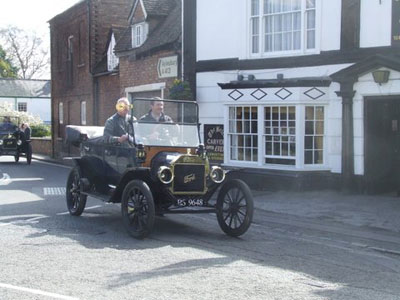 Vintage cars at The Bell, 2009